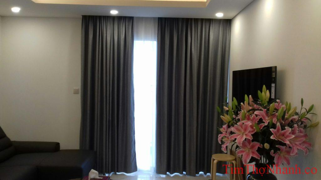 Di chuyển rèm vải 2 lớp giá 150.000k/bộ