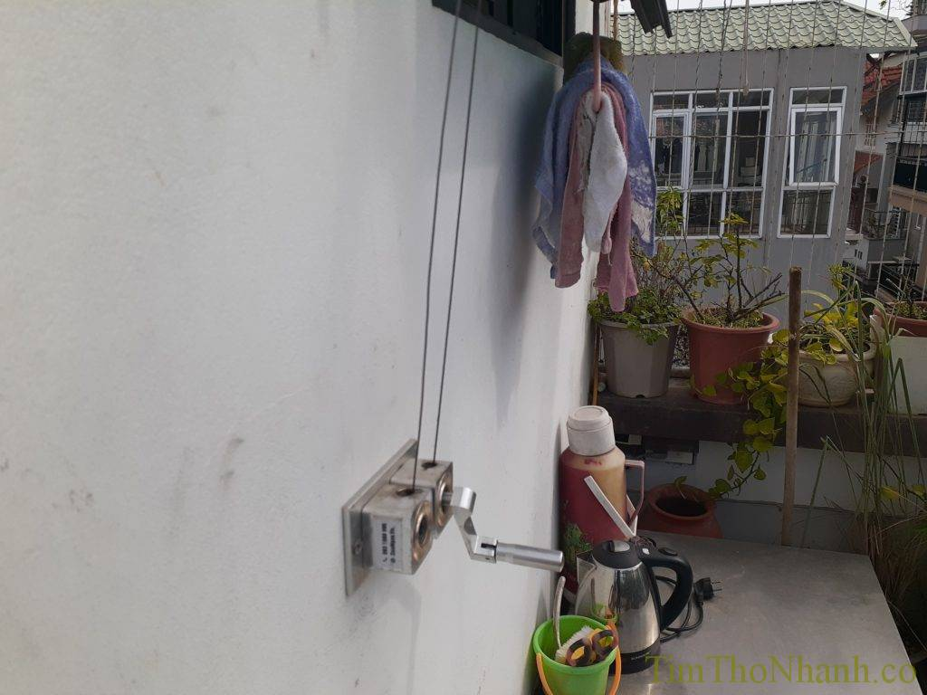 sửa giàn phơi tại nhà, chúng em nhận sửa chữa thay dây cáp giàn phơi 250k/2 dây