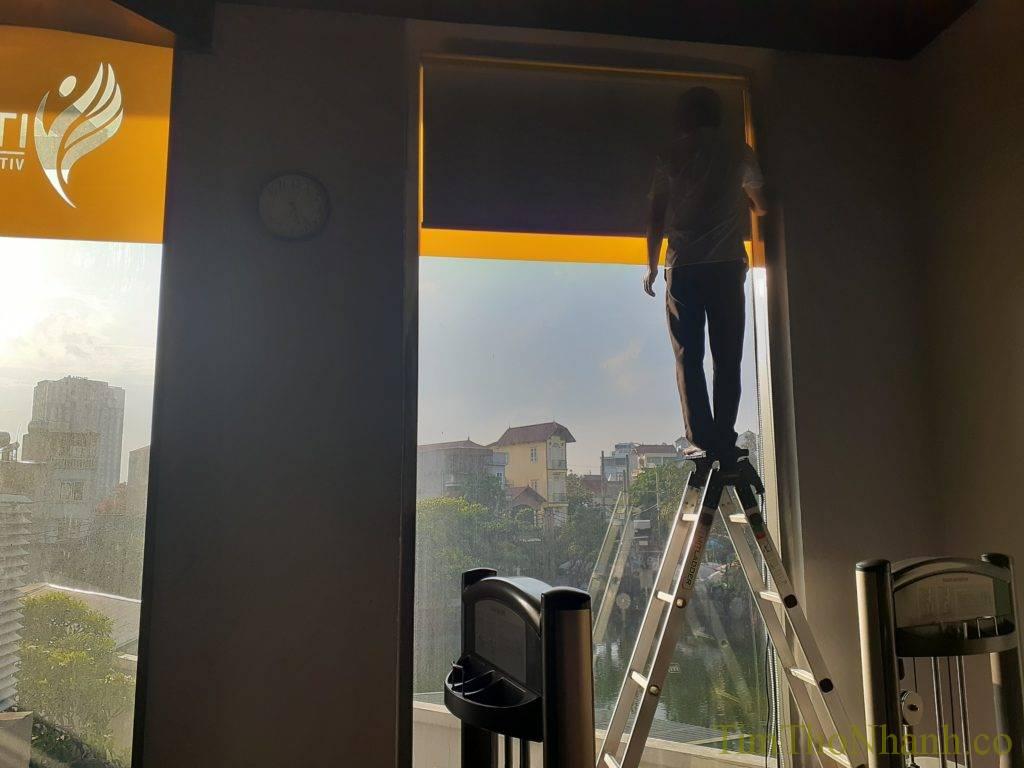 lắp rèm cuốn văn phòng 150k/bộ