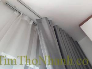 Sửa rèm rơi bụi như bột phấn