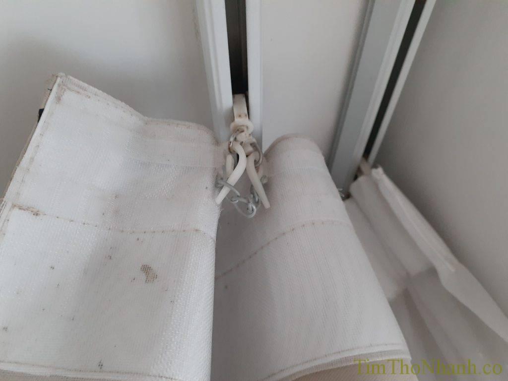 Dịch vụ sửa rèm nhận sửa rèm vải, may lại mếch chiết ly định hình